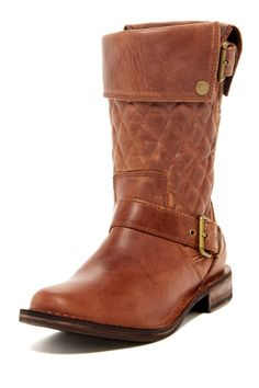 UGG Australia Conor Boots - These would be super comfy!