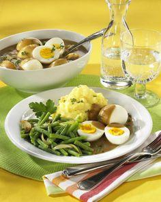 Unser beliebtes Rezept für Eier süss-sauer mit Püree und mehr als 55.000 weitere kostenlose Rezepte auf LECKER.de.