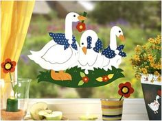 Márton-nap :: Óvoda We Are Coming, Diy And Crafts, Projects To Try, Birds, Christmas Ornaments, Holiday Decor, Album, Spring, Disney Characters