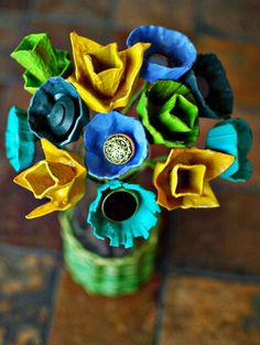 Eggbox creations - flowers