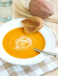 Butternut Squash and Sweet Potato Soup {vegan} made this tonight so good!