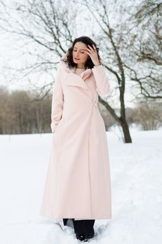 Pink maxi coat on a winter's day www.cristinafeather.com