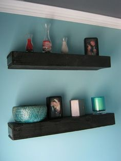 floating shelves made out of pallets!
