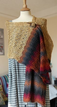 http://www.ravelry.com/patterns/library/evensong-wrap