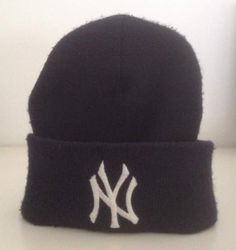 #Cuffia #NewYork Major League Baseball #MLB  #abbigliamento #vintage #cool #fashion #style #stile #moda #trendy #casual