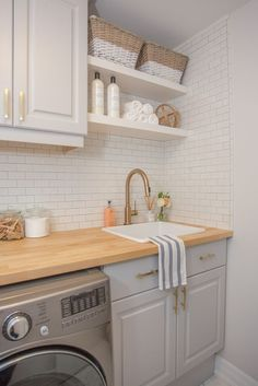82 Remarkable Laundry Room Layout Ideas for The Perfect Home Drop Zones Waschküche Arbeitsplatte Ideen Related posts: No related posts. Laundry Room Layouts, Small Laundry Rooms, Laundry Room Remodel, Laundry Room Organization, Laundry Room Design, Laundry In Bathroom, Shelving In Laundry Room, Ikea Laundry Room, Laundry Decor