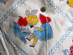 Vintage FEEDSACK  Flour Sack Cotton Novelty Fabric - Cute Little Sun Bonnet Girls on White Background  - 37 x 44