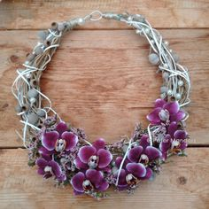 Flower necklace made with a manipulated wire base and purple orchids. Botanical Fashion, Floral Fashion, Collar Floral, Floral Fascinators, Purple Orchids, Body Adornment, Floral Necklace, Textile Jewelry, Bridal Flowers