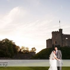 Cardiff and South Wales Wedding Photographers Andy & Sacha Stoyle of A.L.S Photography shot this beautiful Cardiff Castle Wedding, what a fun day!