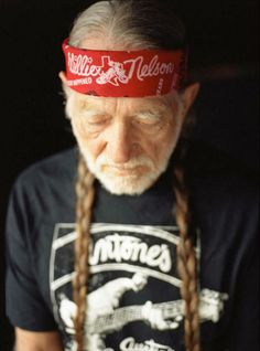 Willie Nelson, i love u and i dont care who knows!!!!!!