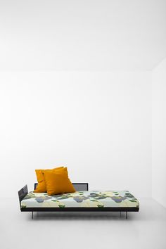 DAYBED 038 - DIMOREGALLERY