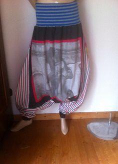Kaufe meinen Artikel bei #Kleiderkreisel http://www.kleiderkreisel.de/damenmode/haremshosen/109244652-ausgefallene-lagenlook-haremshose-44-50-baumwolle-fotoprint