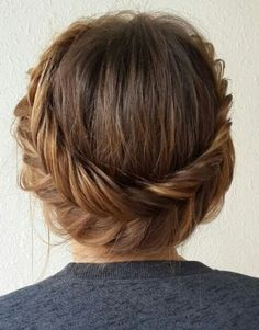 Check out these 12 amazing and gorgeous hair updo ideas for women with short hair. updo Ideas for short hair updo Updos For Medium Length Hair, Short Hair Updo, Medium Hair Styles, Short Hair Styles, Wavy Hair, Short Hair Crown Braid, Short Prom Hair, Straight Hair Updo, Short Ponytail