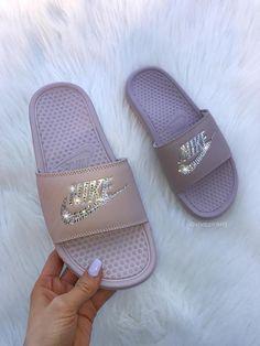Women's Swarovski Nike Benassi Slide Sandals customized with Swarovski Crystals Mauve, Nike Sandals, Sport Sandals, Nike Shoes, Women Sandals, Sandals Outfit, Me Too Shoes, Nike Benassi Slides, Logo Nike, Nike Shies