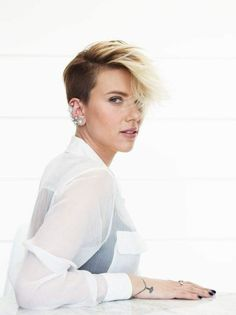 100 Scarlett Johansson Short Hair Ideas Scarlett Johansson Scarlett Johansson