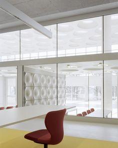 Forum at the Eckenberg Academy / Ecker Architekten
