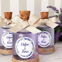Tatlı rüyalar ��Renkli kolonya şişelerini unutmayalım ����#nikahsekeri #düğün #istanbul #kokulumum #candle #babyshower #kınahatırası #hediye #hediyelik #mum #nişanpastası #jütkese #weddingideas #butikpasta #evyapımı #kurukına #handmade #homedecoration #evdekorasyonu #babyshower #düğünhediyelik #nisanmasasi #weddinggifts #nişanhatırası #nişan #dekorasyon http://turkrazzi.com/ipost/1524914297820707442/?code=BUplXl6hHpy