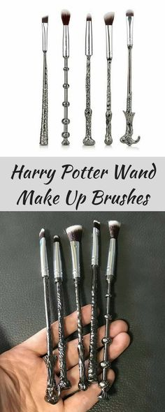 cheap Harry Potter Wand Make Up Brushes, such a unique gift!  #harrypotter #makeupbrushes #wandbrushes #brushes #wand #affiliatelink