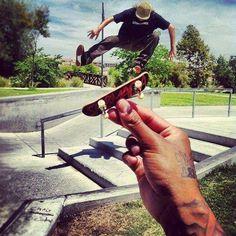 Cray finger skate Pic