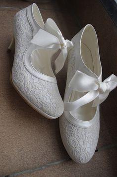 Handmade Salsa LACE Wedding Shoe 7011 von bosphorusshop auf Etsy