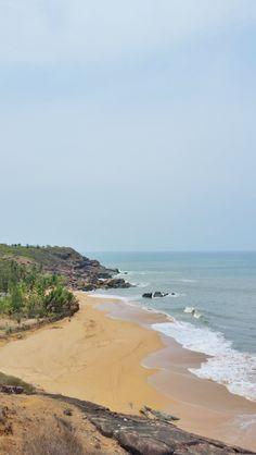 芸術)とテイスト(食)を絶妙にインドを旅します。 オーシャンビーチの写真です。 訪問場所です。 している。 gokarna。 探しも、予約も、支払も. 美しい世界旅行の目的地の街まで、南アジア、世界です。 #travel destinations in india #南インドのビーチ絵 Beautiful Places To Visit, Cool Places To Visit, Ocean Photography, Travel Photography, Beach Trip, Beach Travel, Weather In India, Backpacking India, Travel Destinations