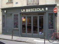 """Pizza légère et délicieuse, accueil spontané et très sympa... Et le fabuleux """"afogato al café"""" pour le dessert. On en a lâché toutes les autres Pizz (sauf celles de sa Grande sœur : Maria & Luisa).Tout est dit ! Rue Charlot, Paris 3."""