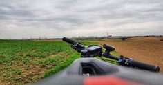 Wiosna budzi się do życia. W przerwie od szosy chętnie eksploruje tereny na #mtb.  #mtb #bikeroad #biking #instamtb #dirtymtb #instarower #cyclingphotos #cyclingpics #stravaphoto #strava #proveit #cycling #bikestagram #mtblife #rower #kreckilometry #pasjadosportu  #samsunggalaxys8plus