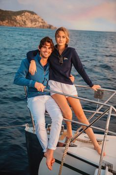 The Bermuda Quarter Zip - Classy Girls Wear Pearls Source by sarahkjp Outfits classy Sailing Outfit, Boating Outfit, Sailing Style, Mode Masculine, Segel Outfit, Estilo Ivy, Bootfahren Outfit, Mode Country, Classy Girl