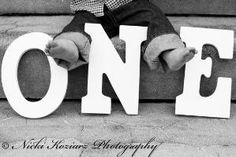 1-year-old photo shoot ideas. Capture their little feet. by angelia
