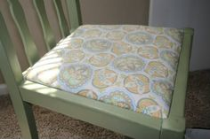 DIY Tutorial- Recover Chair Cushion