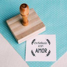 { Carimbo Embalado com amor } Label Design, Packaging Design, Photographer Packaging, Cumpleaños Diy, Sweet Hug, Best Business Ideas, Pencil And Paper, Printable Tags, Hang Tags