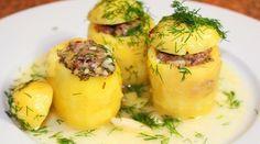 http://life4women.ru/2017/09/27/samaya-vkusnaya-kartoshka-po-karachaevski/  Такая картошка нарядно выглядит, поэтому отлично подойдет как на праздничный стол, так и для семейного обеда.
