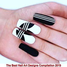 Nail Vid – Adidas nail art by adidas nails using Emily Anton alpine snow and black onyx Source Edgy Nails, Grunge Nails, Stylish Nails, Black Nails, Matte Black, Simple Acrylic Nails, Best Acrylic Nails, Halloween Acrylic Nails, Christmas Nail Art Designs