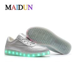 Aliexpress.com : Buy 2017LED shoes man colorful stefan janoski light up neon stansmith man glowing tenis golden and silver flashing schoenen men shoe from Reliable shoe boxes for soldiers suppliers on LEDShoesTOP Store