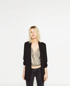 Discover the new ZARA collection online. Black Blazers, Blazers For Women, Crepes, Zara Trends, Blazer Pattern, Zara Blazer, Style Noir, Fall Fashion 2016, Vogue
