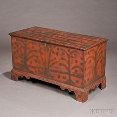 Paint-decorated Six-board Blanket Chest, New England, early 19th century, the hinged lift top on dovetail-constructed box, valanced bracket ...
