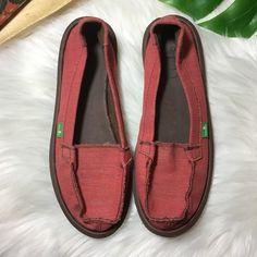 e19d16b4311 34 Best Sanuk shoes images