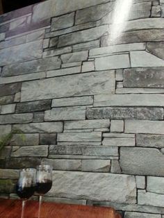 Feature stone wall