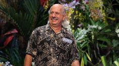 "Barry is feeling the ""Aloha Spirit."" Tune in to cheer him on!"