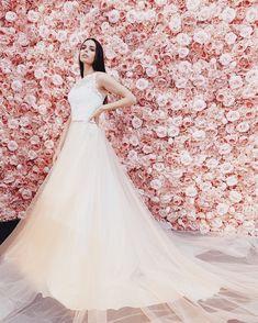 Le Moos One Shoulder Wedding Dress, Wedding Dresses, Fashion, Dress Wedding, Bridle Dress, Bride Dresses, Moda, Bridal Gowns, Fashion Styles