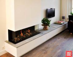 Living Room Decor Fireplace, Desk In Living Room, Home Fireplace, Modern Fireplace, Fireplace Design, Home And Living, Home Room Design, Home Interior Design, Living Room Designs
