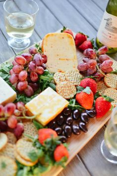How to Create the Ultimate Cheese Platter | Love Lola