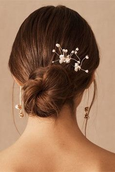 Accented by clusters of tiny baroque pearls, this charming pair of pins is the perfect finish for a bridal updo  #ad #weddingdresses #fallwedding #fallweddingideas Bridal Jewelry Sets, Wedding Jewelry, Wedding Accessories, Hair Accessories, Pearl Hair Pins, Lace Bride, Coral Earrings, Wedding Hair And Makeup, Bridal Makeup