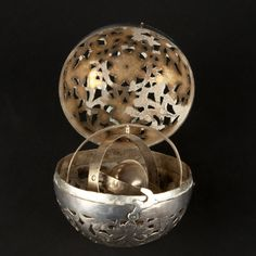 Silver hand warmer, 18th century - silver #expertissim