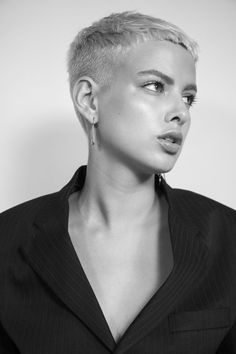 Photography & creative direction curated at AWOM lab Super Short Hair, Short Hair Cuts, Edgy Short Hair, Edgy Hair, Short Pixie, Pixie Cut Styles, Short Hair Styles, Pixie Haircut, Hair Today