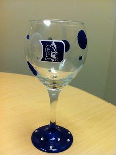 Duke Blue Devils Wine Glass by GigglesandCurlzToo on Etsy