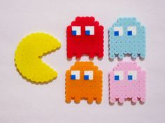 5pc PACMAN MAGNET SET // Pacman with Four Ghosts: Blinky, Pinky, Inky, and Clyde // Geeky Arcade Game Perler Beads by RainbowMoonShop