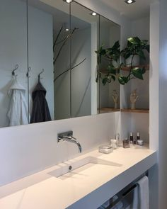 In house 26 called Kotikontti - you can see this beautiful bathroom. Visit Housing Fair in Mikkeli, Finland from 14 July to 13 August 2017.   @asuntomessut_official  #AXOR #AXORnordic #AXORuno #asuntomessut2017 #mikkelinasuntomessut   #asuntomessut #design #interior #interiordesign #interiordecor #bathroom #bathroomdesign #interiorinspirasjon #inredning #sisustusinspiraatio #indretning