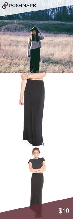 Brandy Melville Black Maxi Skirt Size says one size fits most. I wear a Small and it fits me. There is not a slit on this skirt. No flaws. Brandy Melville Skirts Maxi