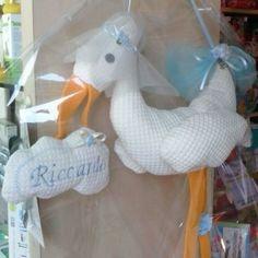 Eccola la cicogna con la nuvola ricamata di Riccardo...#cicogna #baby #☁ #nuvoletta #Riccardo #sew #cucire #cucirechepiacere #soddisfazione
